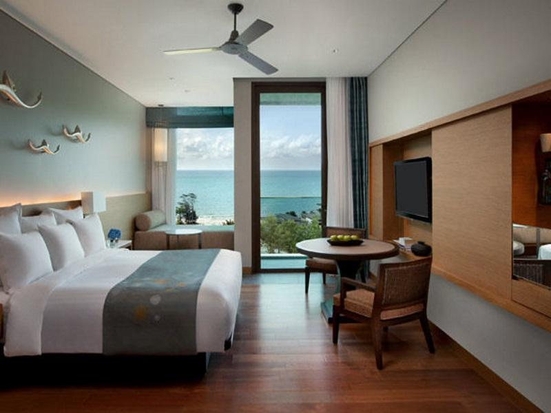 Deluxe Ocean View, Guest room, 1 King or 2 Double