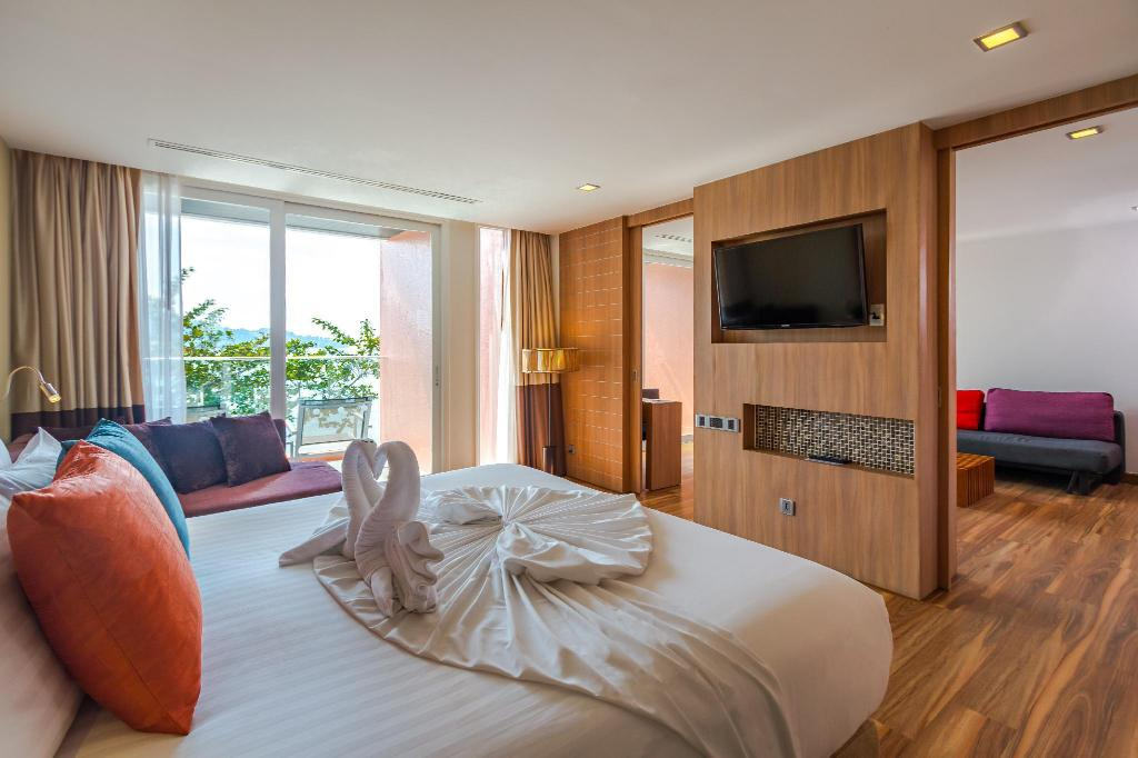 Ocean Suite - Bedroom