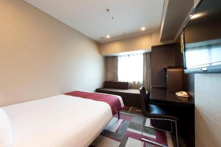 Standard Double Room B - Non-Smoking - View Hotel Villa Fontaine Kobe-Sannomiya
