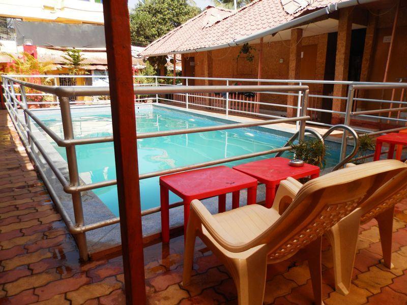 Otel Chalston Beach Resort 3 (Goa): genel bilgiler, fotoğraflar, turist yorumu