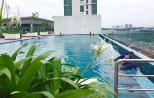 Evo Soho Suite (Pool View) @ Bangi Sentral