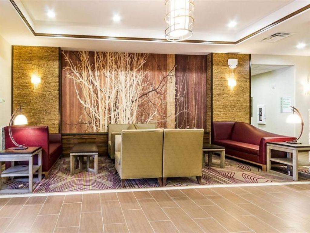 Lobby Holiday Inn Hotel & Suites Durango Central