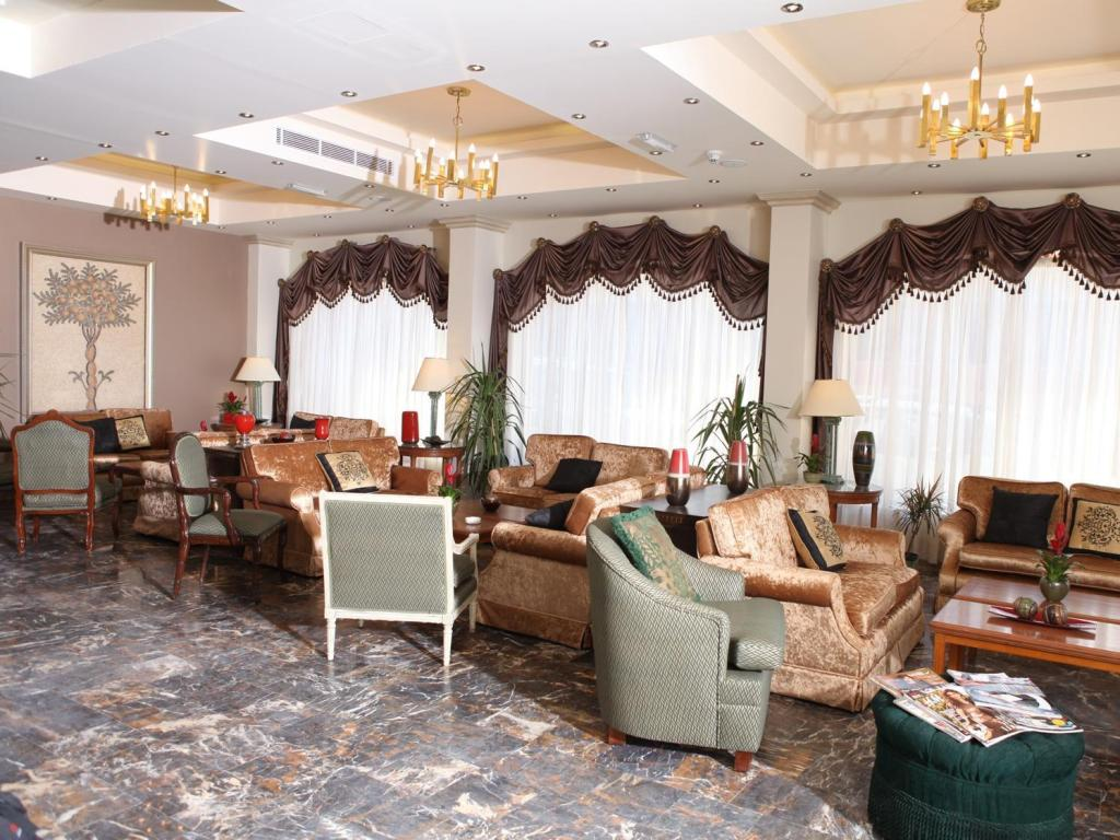 Foyer Grand Hotel Madaba