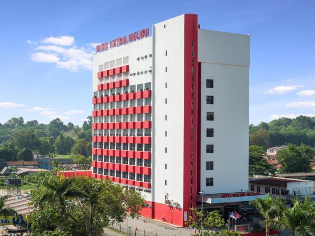 More About Hotel Sentral Melaka