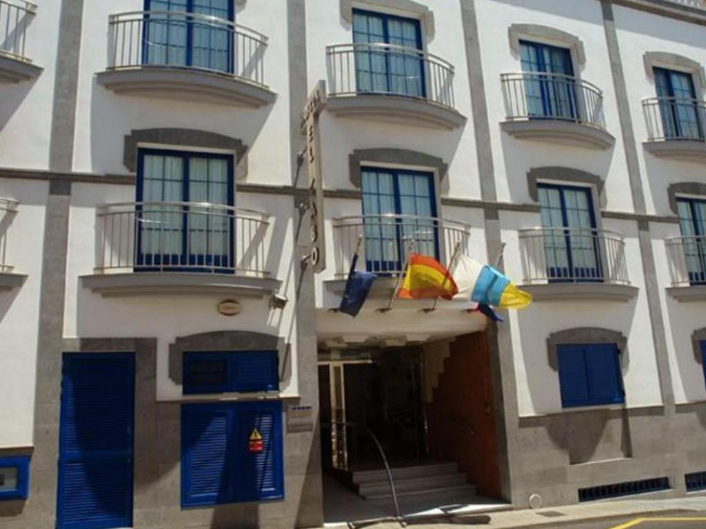 More about RK Hotel El Cabo