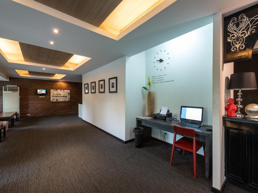 Q Hotel in Bangkok - Room Deals, Photos & Reviews