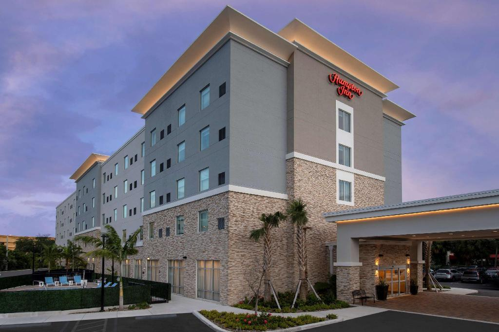 More about Hampton Inn Miami - Airport East