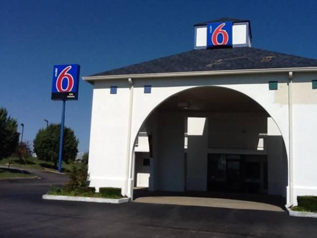 motel 6 dickson dickson tn from 50 save on agoda. Black Bedroom Furniture Sets. Home Design Ideas
