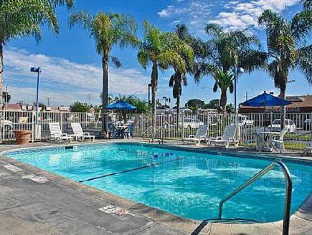 Best price on motel 6 stanton in los angeles ca reviews - Best hotel swimming pools in california ...