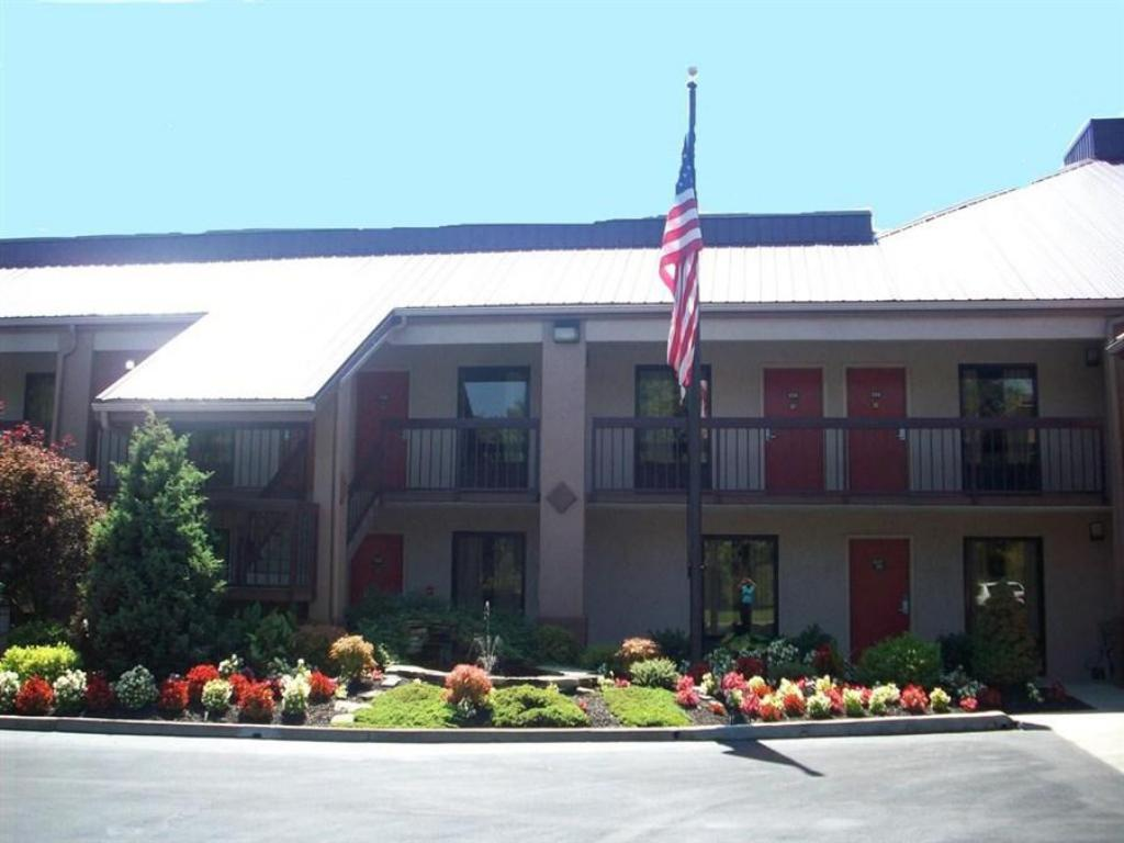 Exterior view Red Roof Inn Kingsport