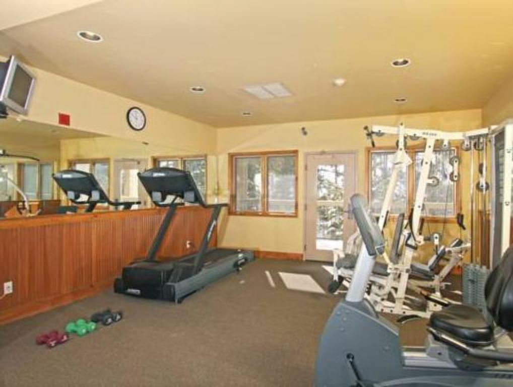 Fitness center Riverbend Lodge by Great Western Lodging