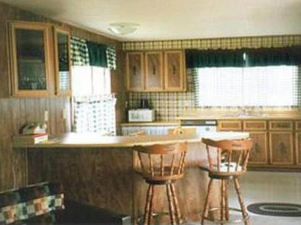 Interior view Sequim West Inn Cottages