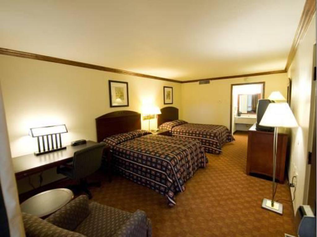 Double with 2 Double Beds - Guestroom Kiva Hotel Abilene