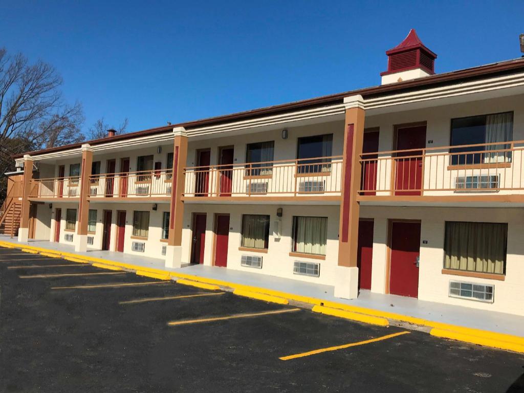 Red Roof Inn Memphis Airport - Graceland in Memphis (TN) - Room Deals, Photos & Reviews