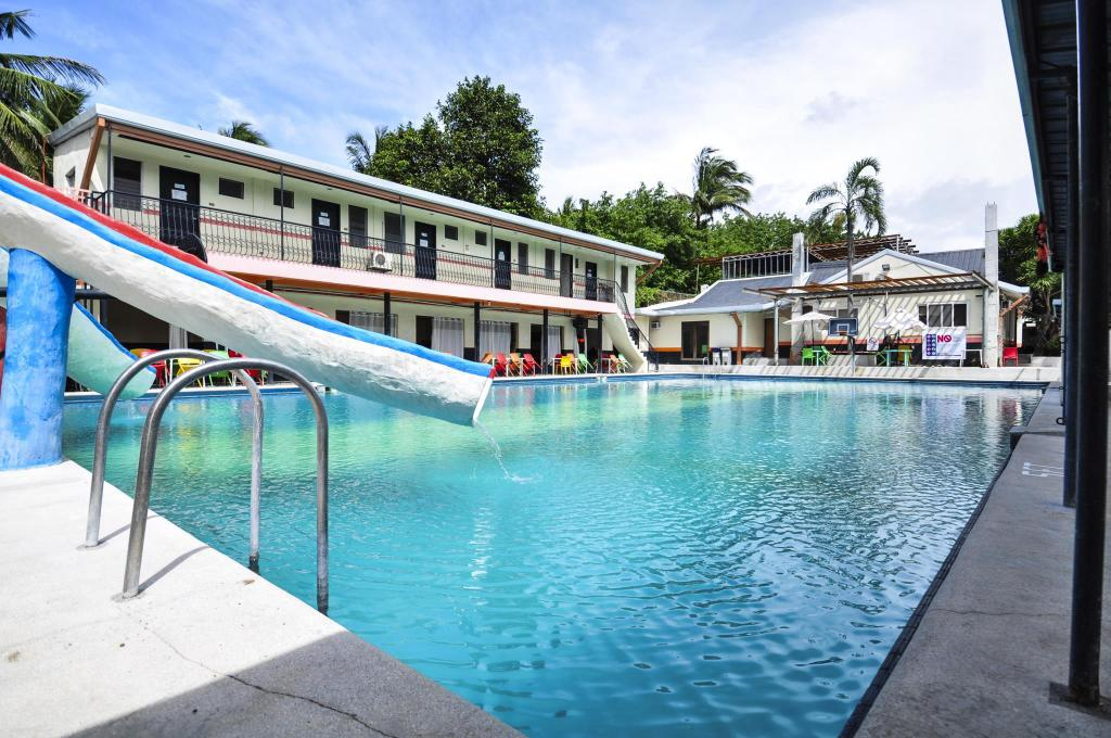 Laresio Lakeside Resort & Spa in Laguna - Room Deals, Photos & Reviews