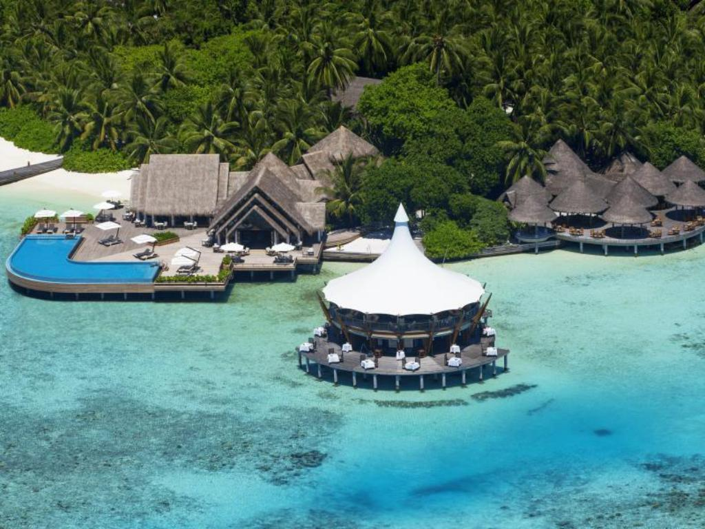 More about Baros Maldives