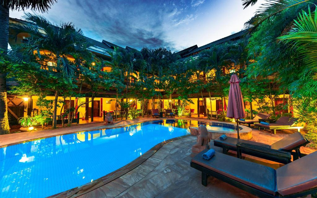 Swimming pool Pavillon Indochine Boutique Hotel