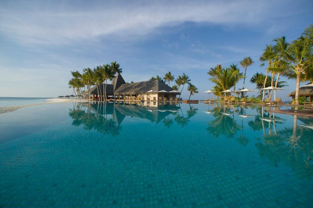 Veligandu Island Resort & Spa in Maldives Islands - Room Deals, Photos & Reviews
