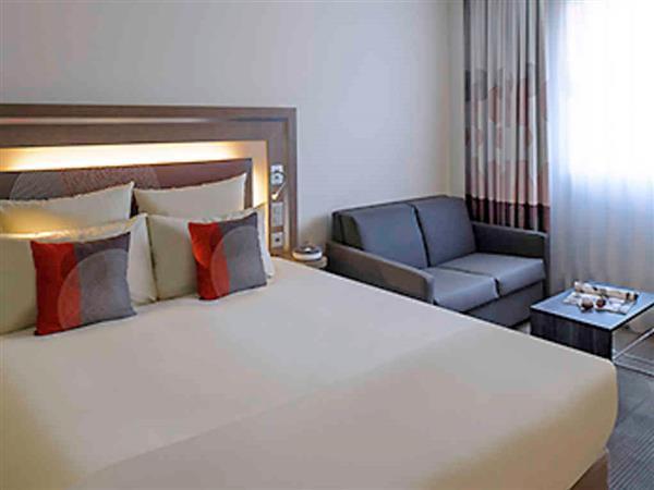 das novotel lugano paradiso hotel in lugano buchen. Black Bedroom Furniture Sets. Home Design Ideas