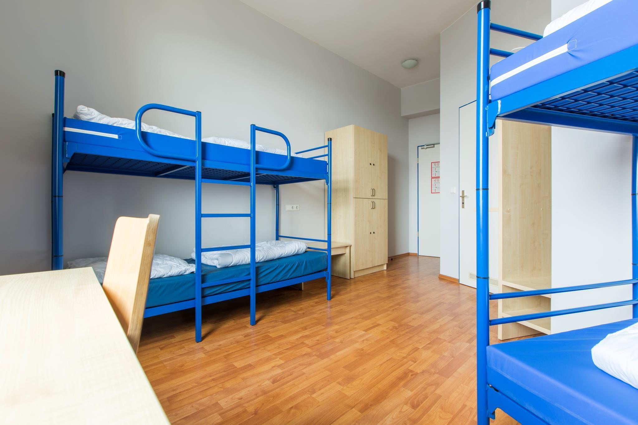 1 seng i 8-sengs sovesal (blandet) (1 Person in 8-Bed Dormitory - Mixed)