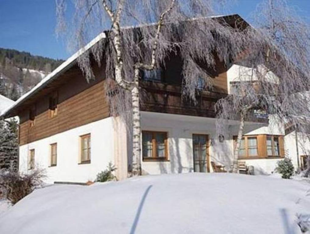 Holiday Home Chalet Saalbach In Austria Room Deals Photos Reviews