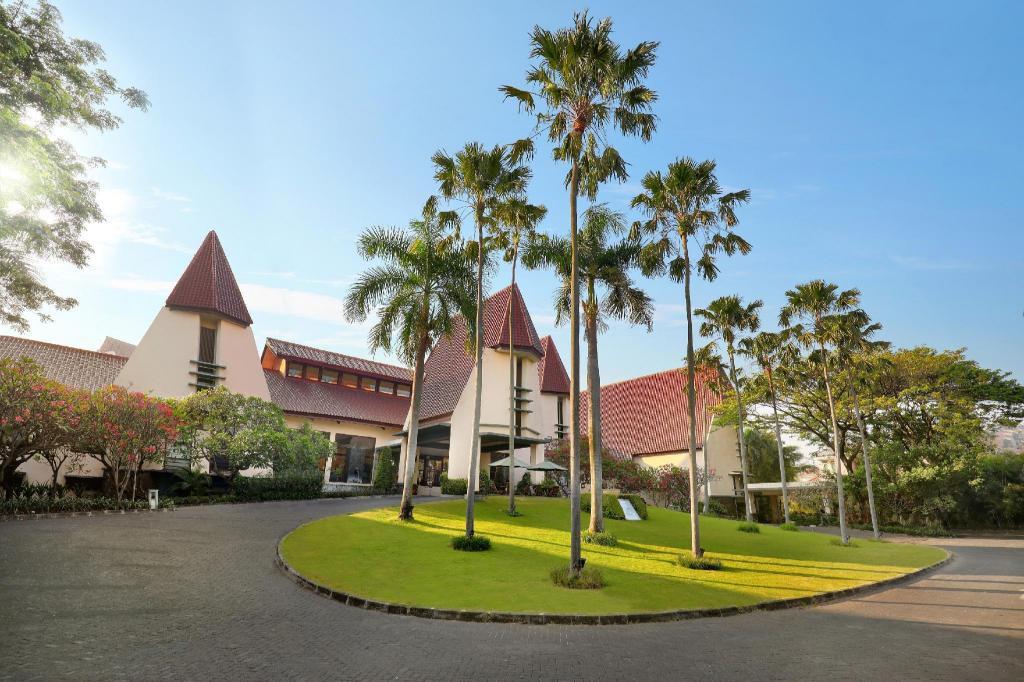 novotel surabaya hotel in indonesia room deals photos reviews