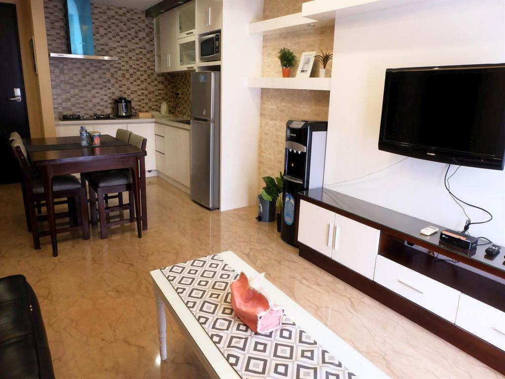1BR Exclusive Royale Springhill Apt By Travelio