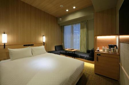 Double Room - Non-Smoking - Bedroom Candeo Hotels Kobe Tor road