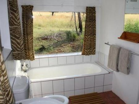 Bathroom Bateleur Nature Reserve and Self Catering Game Lodge