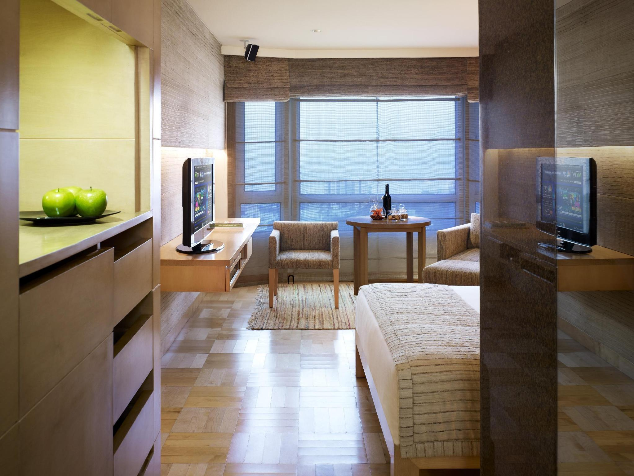 Premium Temptation Suite with Partial Sea view- Higher floor