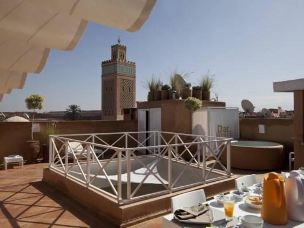 Balcony/terrace Riad Dar White