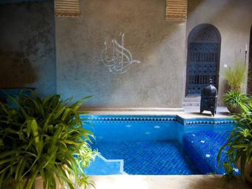 Swimming pool Riad Khol