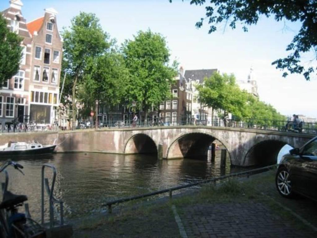 Best Price on Juul's Apartment in Amsterdam + Reviews!