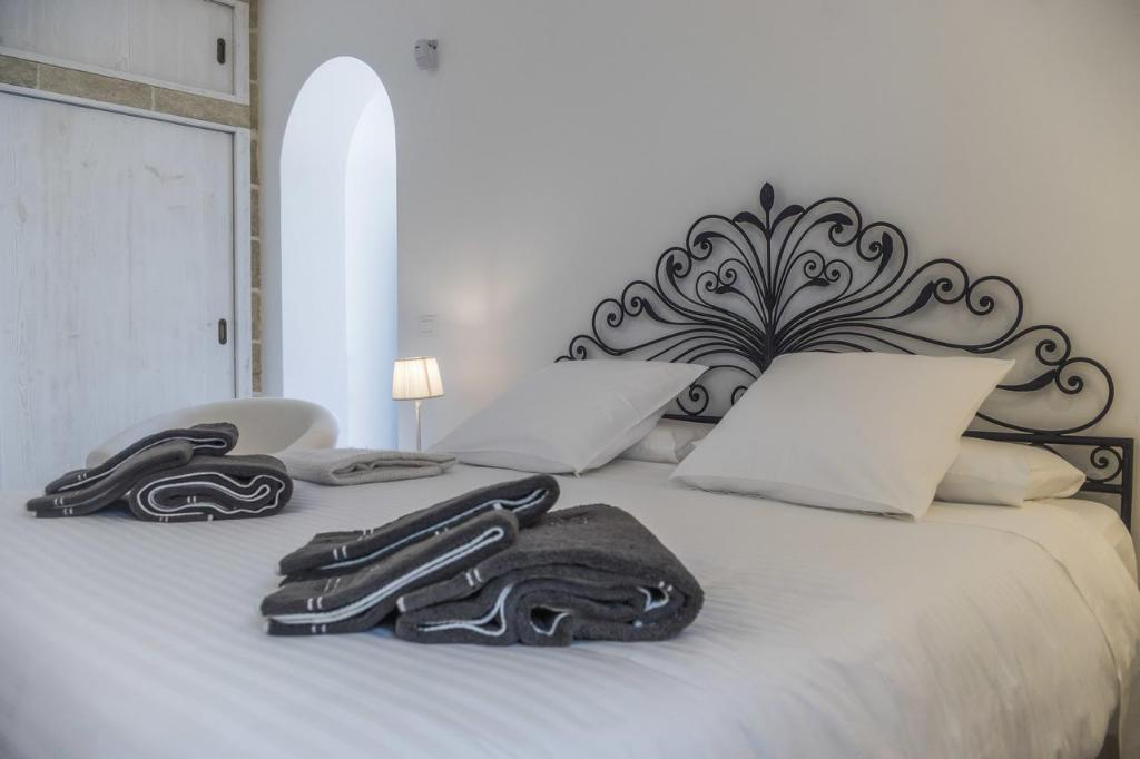 Superior Double or Twin Room - Bed Masseria Le Mandorle