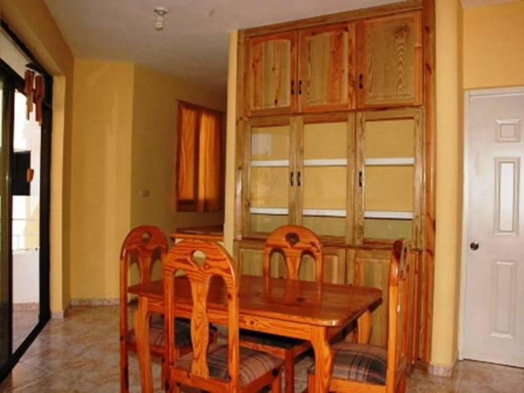 Two-Bedroom Apartment Apartamentos del Dominicus