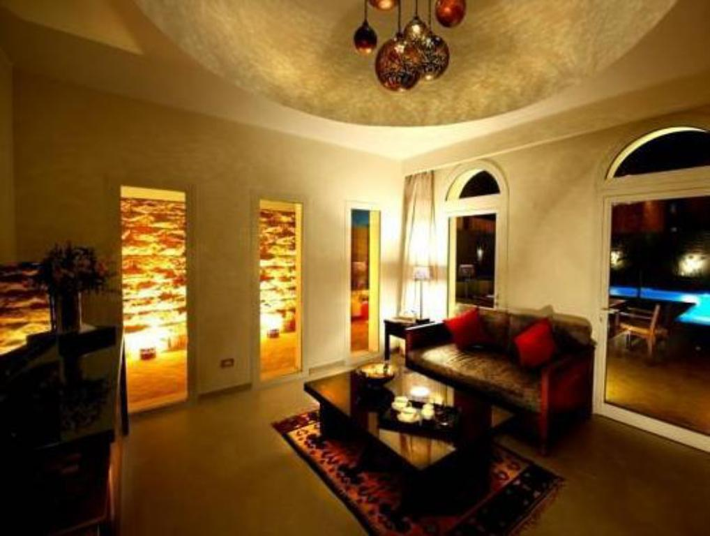 Interior view Fort Arabesque Resort, Spa & Villas