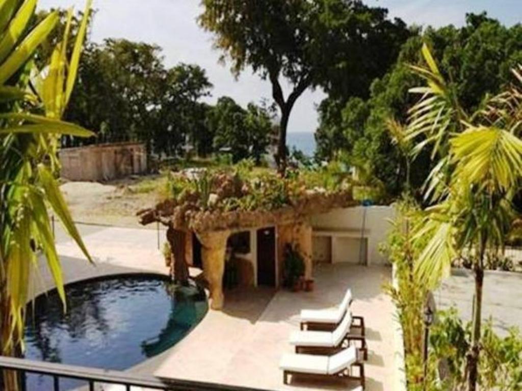 Best price on grand laguna beach hotel in cabarete reviews for Laguna beach house prices