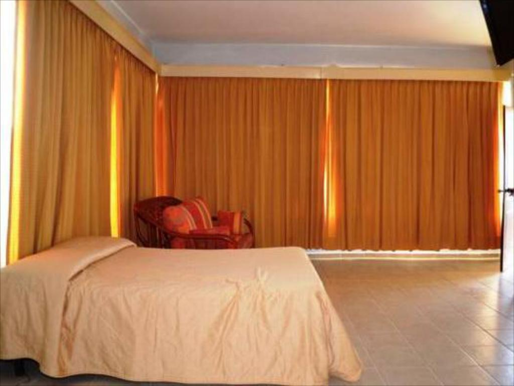 Kingsize kamer - Bed Sosa Plaza Hotel