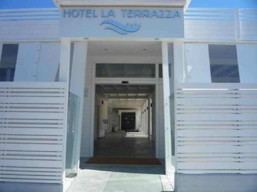 Best Price on Hotel La Terrazza - Barletta, Italy