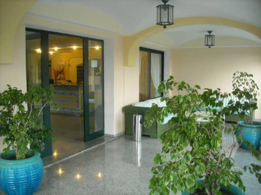 Hotellet indefra Residence Cala Liberotto