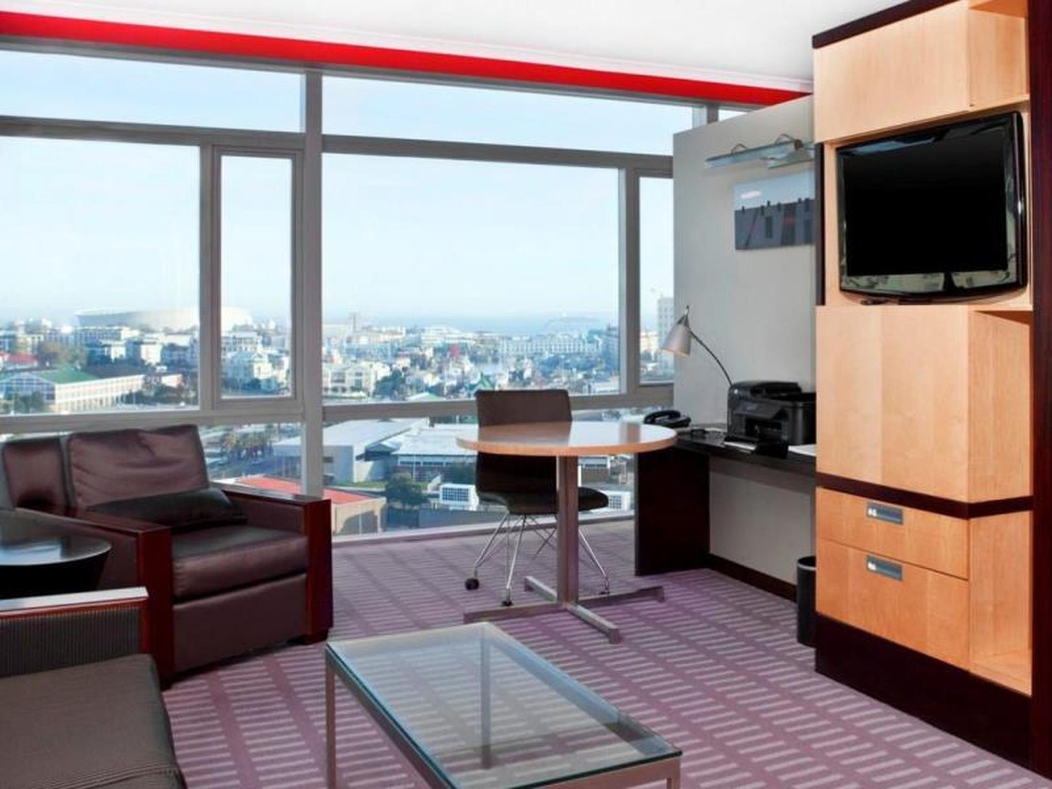 小型套房 (Junior Suite Room)