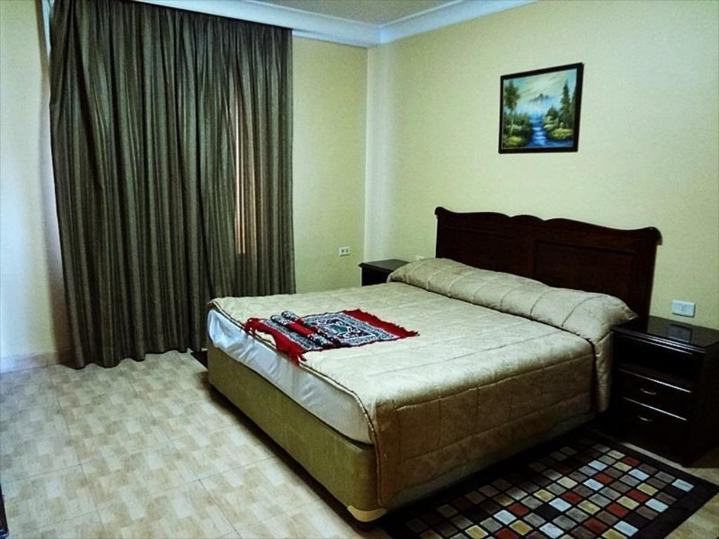 One Bedroom Apartment - Bed Orient House Hotel
