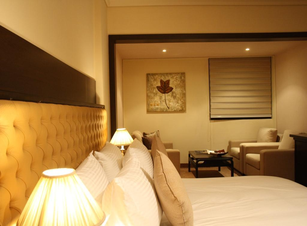 Standard Single - Guestroom Grand Hotel Beirut