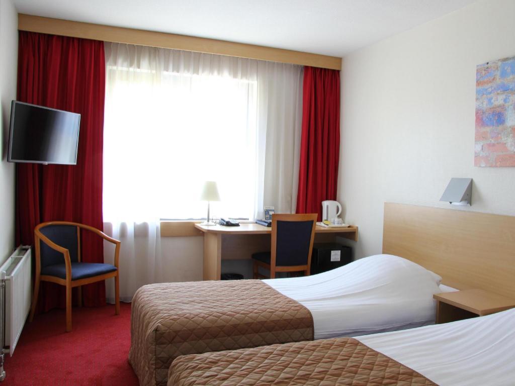 Bastion Hotel Schiphol Hoofddorp In Amsterdam Room Deals Photos