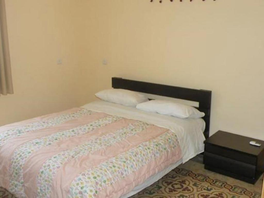 Standard Double or Twin Room Yafo 82 Guesthouse