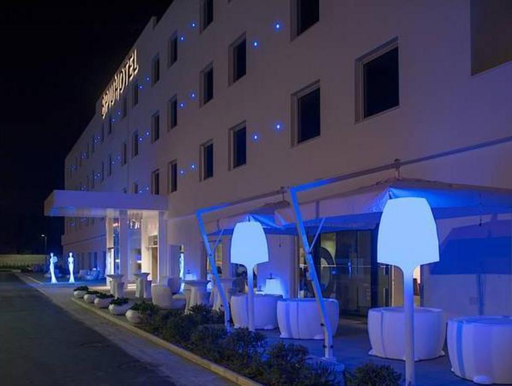 More about 8Piuhotel