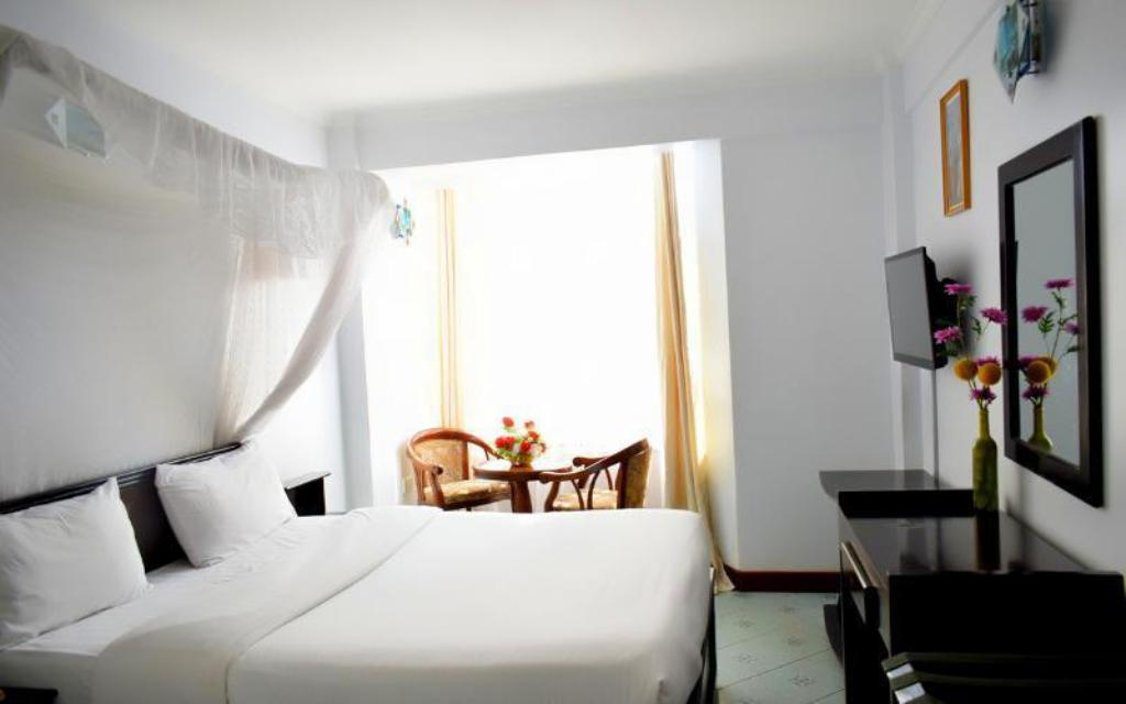 See all 6 photos Hotel Aquiline