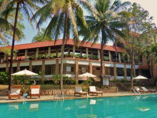 Sappraiwan Grand Hotel and Resort