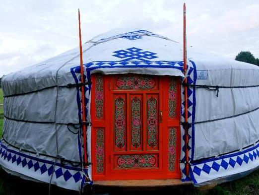 Mongol Yurt (2 - 4 Persons)