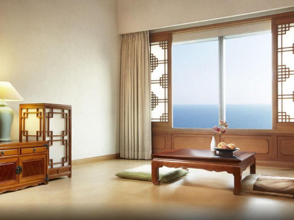 Korean Style Ondol Double Room with Sea View